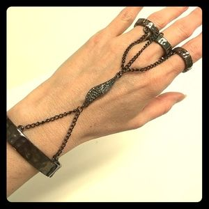 Angel wing bracelet with attached rings